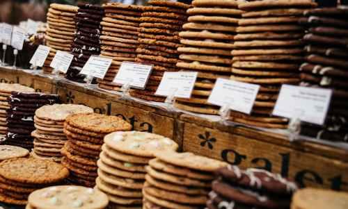 abundance bazaar biscuits blur